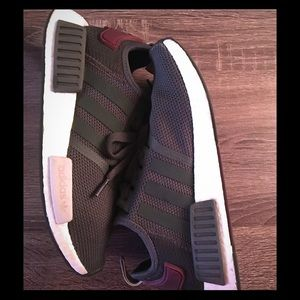 Nmd_r1 for boost women! Utility grey and maroon